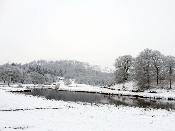 Lake District | Snowy Walks and Chesters by the River
